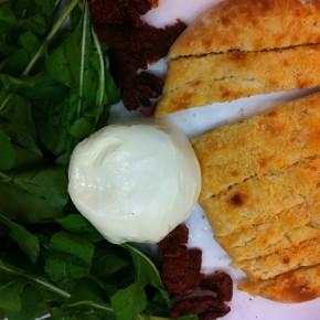 #Gordelight: Salada de Rúcula, Burrata e Focaccia