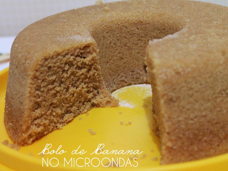 Bolo de Banana de Microondas. Receita completa em http://gordelicias.biz.
