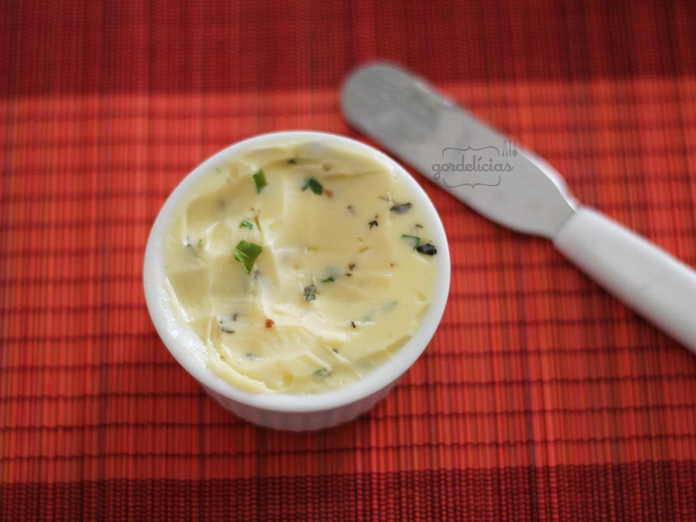 Manteiga de Ervas | Receita em: https://gordelicias.biz//