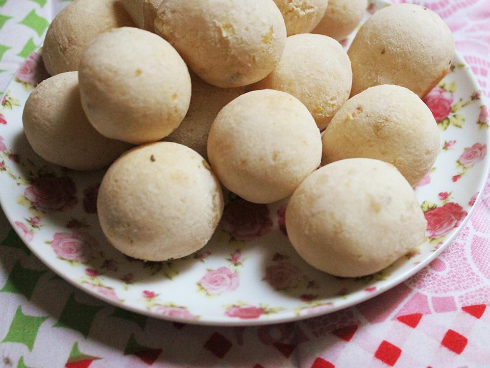 Pão de Batata Doce. Versão veggie do Pão de Queijo! Mais em http://gordelicias.biz.