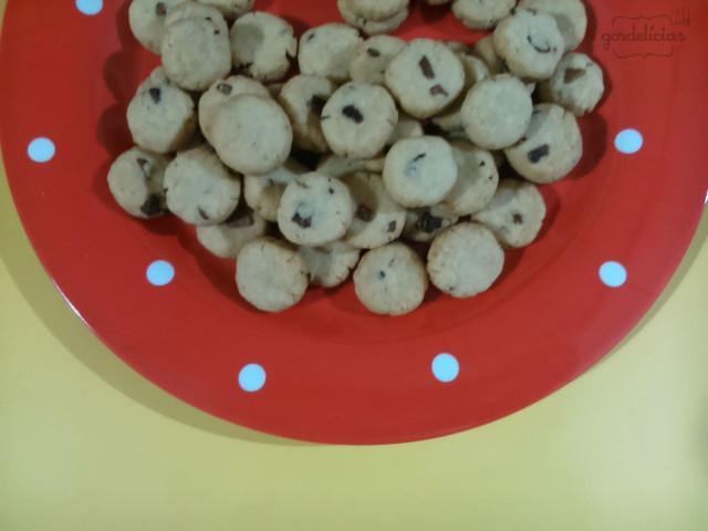 Biscoitinhos de Cebola   Receita completa disponível em: https://gordelicias.biz/