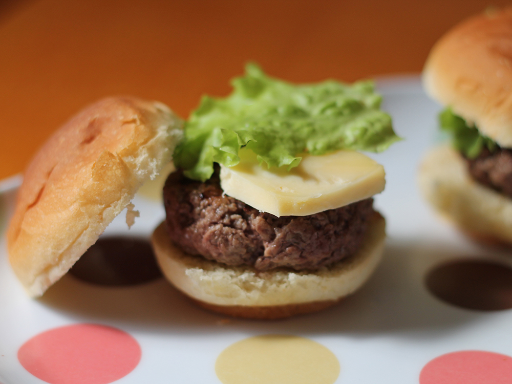 Mini Burgers com Maionese de Páprica Picante