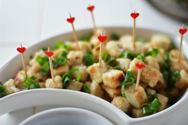 Tofu com Molho Especial Agridoce. Receita completa em http://gordelicias.biz.