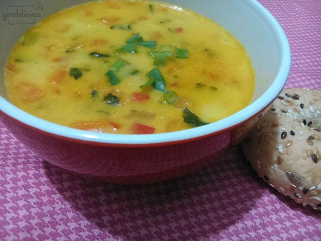 Sopa Indiana de Grão de Bico. Receita completa em http://gordeicias.biz.