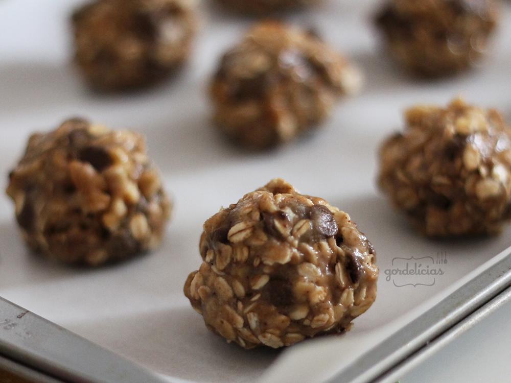 Cookies de Aveia, Nozes e Chocolate | Gordelícias