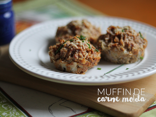 Muffin de Carne Moída. Receita completa em https://gordelicias.biz/.