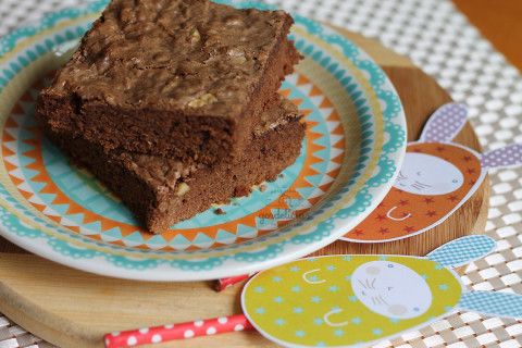Brownie de Chocolate com Nozes. Receita completa em http://gordelicias.biz.