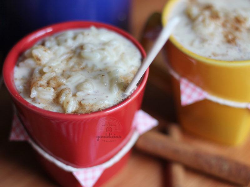 Aprenda a fazer o tradicional arroz doce em uma receita fácil e deliciosa. Mais em http://gordelicias.biz.