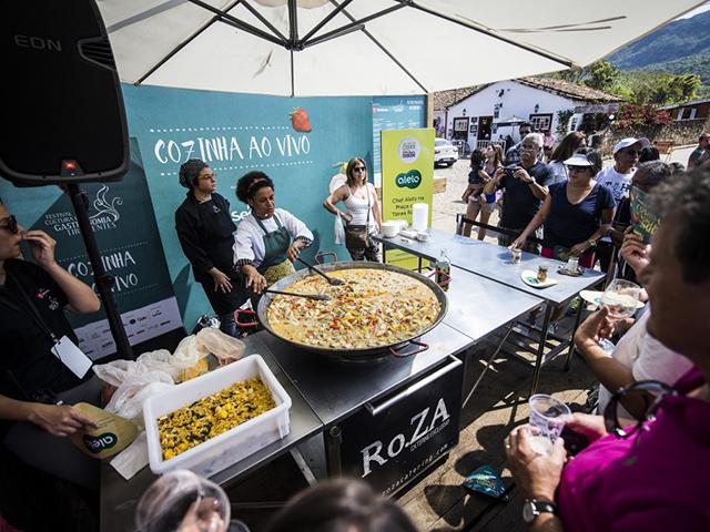 Festival de Cultura e Gastronomia de Tiradentes. Saiba mais em https://gordelicias.biz/.