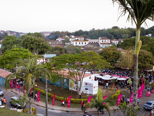 Festival de Cultura e Gastronomia de Tiradentes. Saiba mais em http://gordelicias.biz.