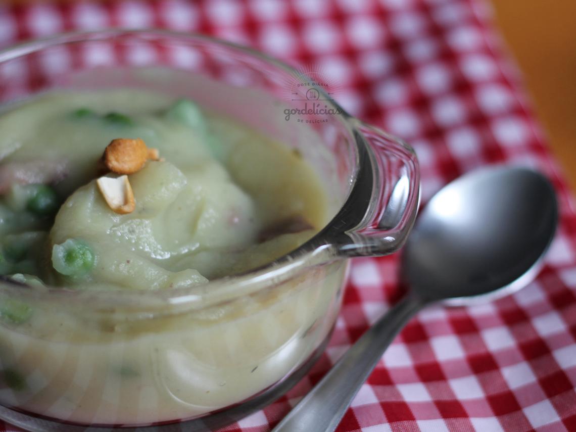 Sopa Cremosa de Batata Doce com Linguiça e Gengibre