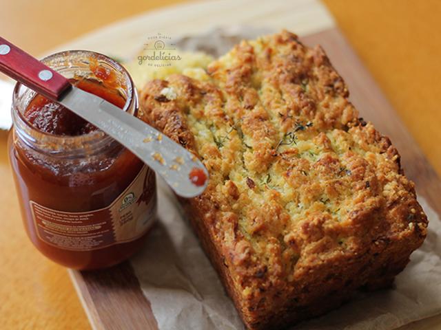 Pão de Abobrinha. Receita completa em http://gordelicias.biz