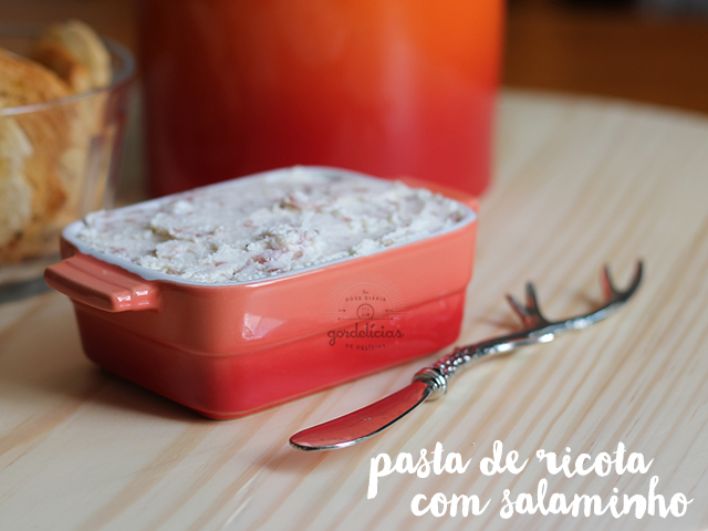 Pasta de Ricota com Salame