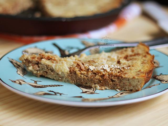 Torta Salgada de Sobras de Arroz. Receita fácil e rápida, completinha em https://gordelicias.biz/.
