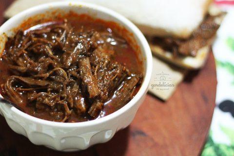 Peito Bovino na Panela de Pressão. Aprenda a fazer uma carne desfiando, super suculenta e saborosa. Passo a passo em http://142.93.187.123.