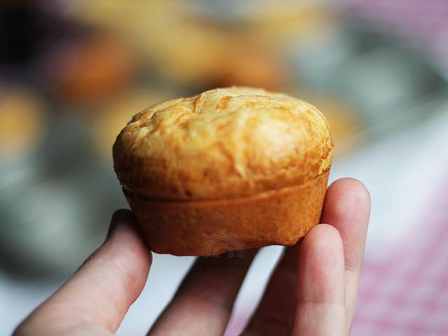 Pão de Queijo de Liquidificador. Receita rápida e fácil, completa em https://gordelicias.biz/.