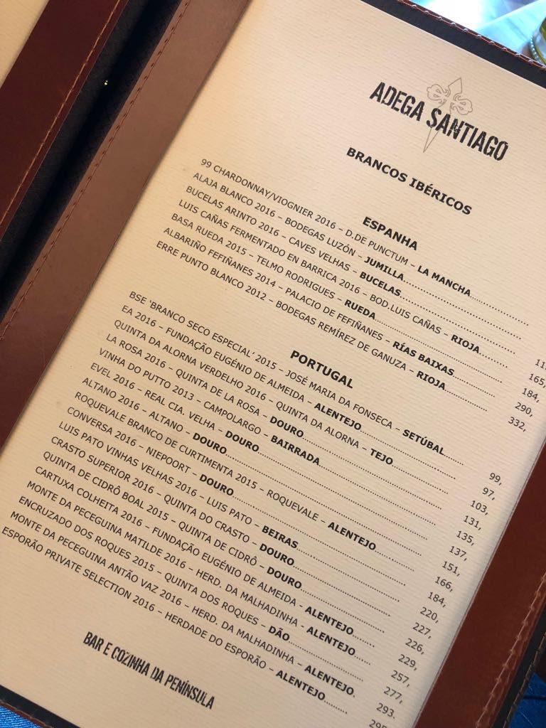 Almoçando na Adega Santiago do Rio de Janeiro. Post completo em http://gordelicias.biz.