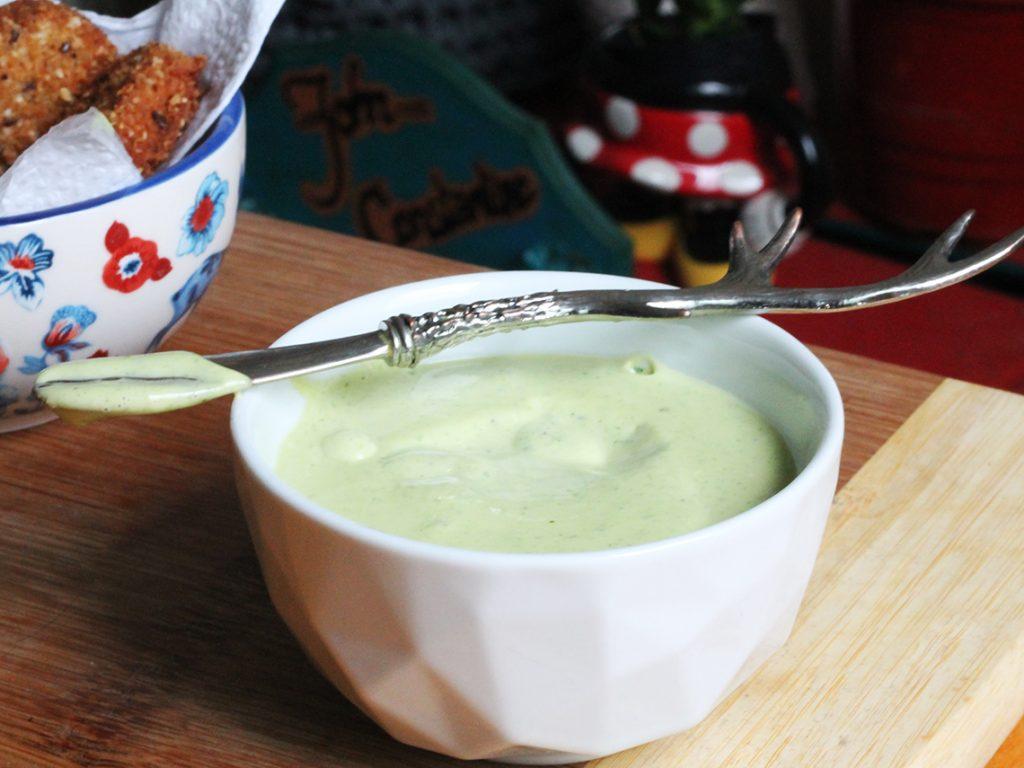 Maionese Verde Caseira - receita completa em http://gordelicias.biz.