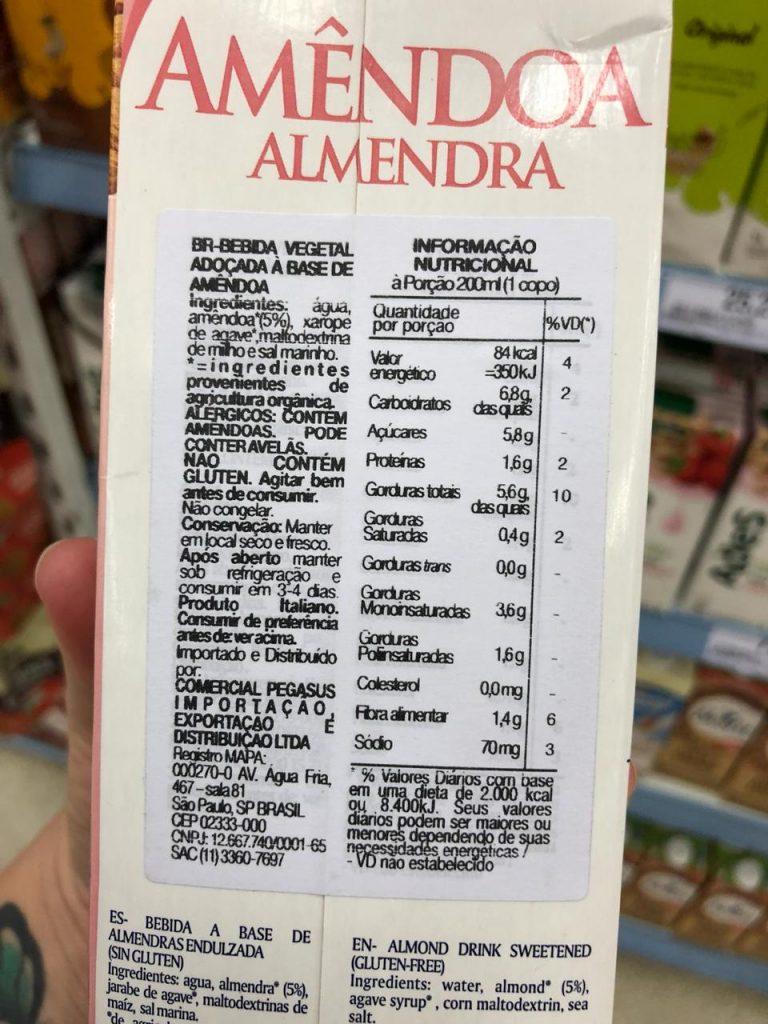 Leites Vegetais: benefícios, onde encontrar & como fazer o seu leite em casa. Mais em http://gordelicias.biz.
