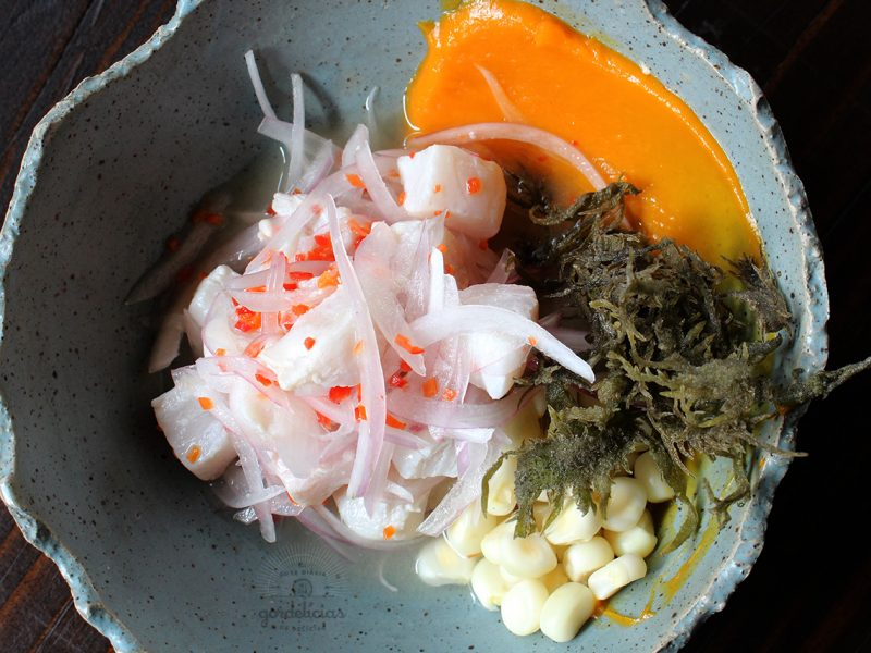 Como fazer Ceviche Clássico Peruano. Passo a passo completo no Gordelícias :: http://gordelicias.biz.
