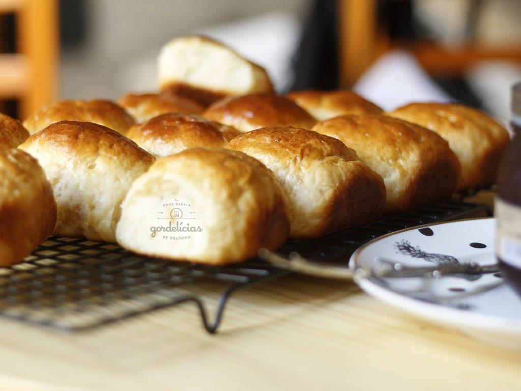 Pão de Leite. Receita completa em http://gordelicias.biz.