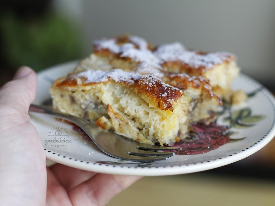Torta Rápida de Banana. Receita completa em http://gordelicias.biz.