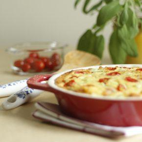 Torta de Chuchu com Tomate. Receita completa em https://gordelicias.biz.