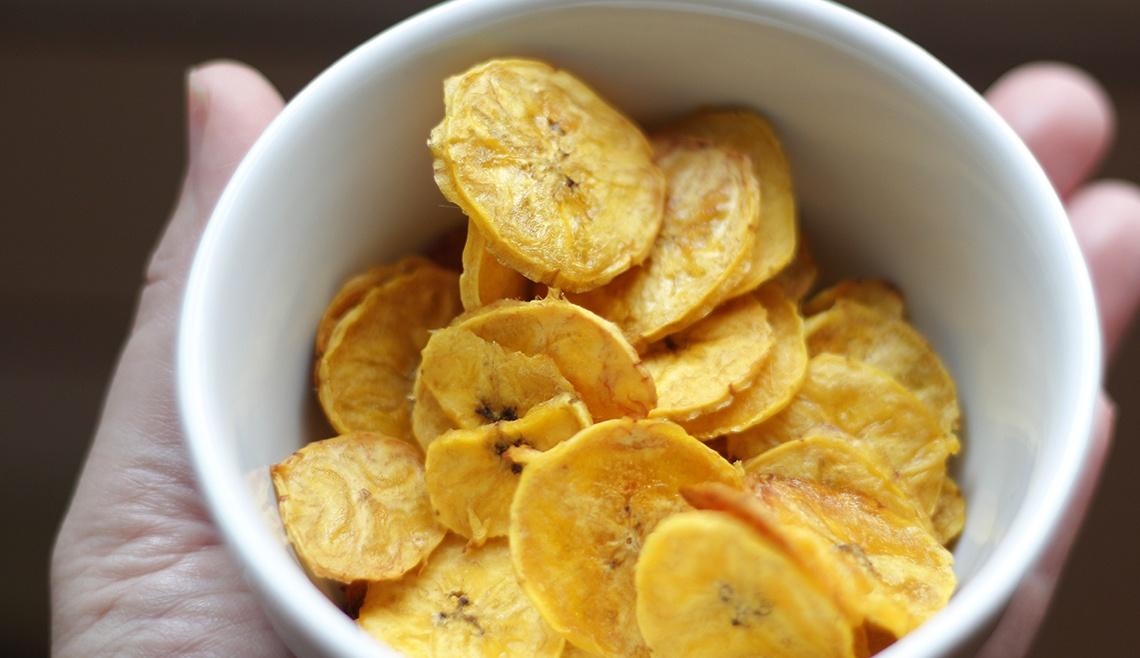 Chips de Banana no Forno :: Raquelícias